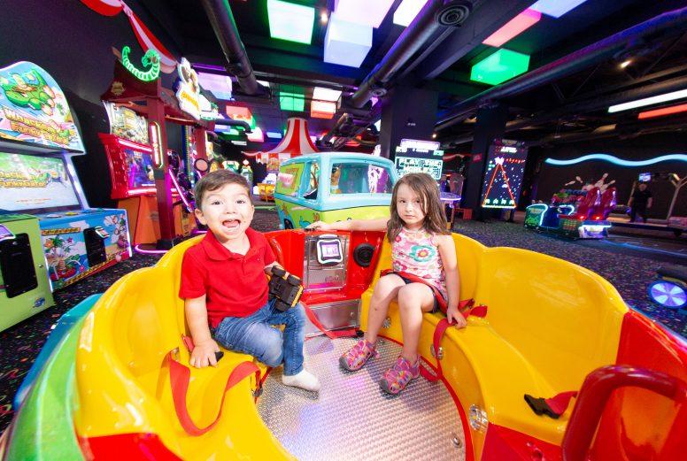 Circus Park Fashion Drive-090