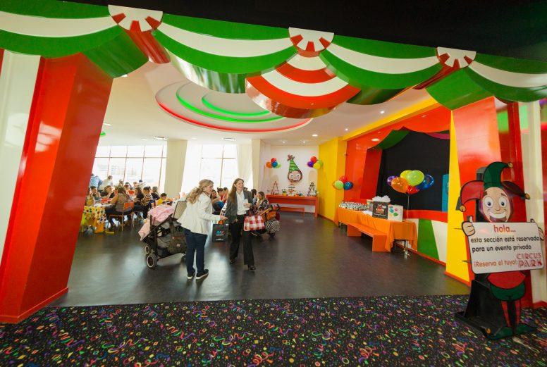 Circus Park Fashion Drive-011